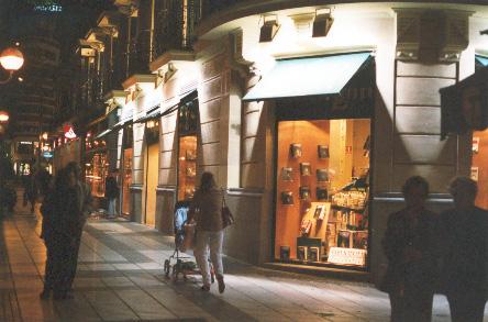 Bibli polis editorial andrzej sapkowski visit espa a - Casa del libro barcelona rambla catalunya ...